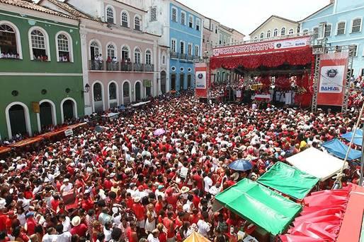 365 anos de tradição e fé. No dia 04 de dezembro vai ter missa, procissão, samba e caruru