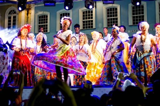 Ganhadeiras de Itapu� no carnaval do Pel�
